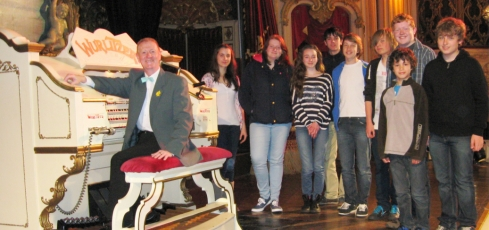RWA Visit to the Blackpool Tower Wurlitzer, with Tower Resident Organist David Lobban
