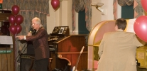 TV Comedian Supersonic Syd Little entertains