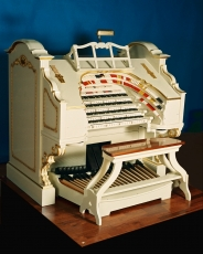 The 4 manual 24 rank Wurlitzer, originally installed in the Trocadeo cinema, Elephant and Castle, London. SE1