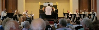 Michael in concert with The New Foxtrot Serenaders on the Wurlitzer at the East Sussex National